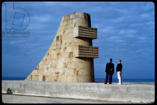 Les Braves Monument, Omaha Beach, Saint-Laurent-sur-Mer, France
