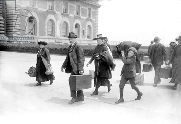 Arrival of Immigrants, Ellis Island, New York City, New York, USA, Bain News Service, 1920 (b/w photo)