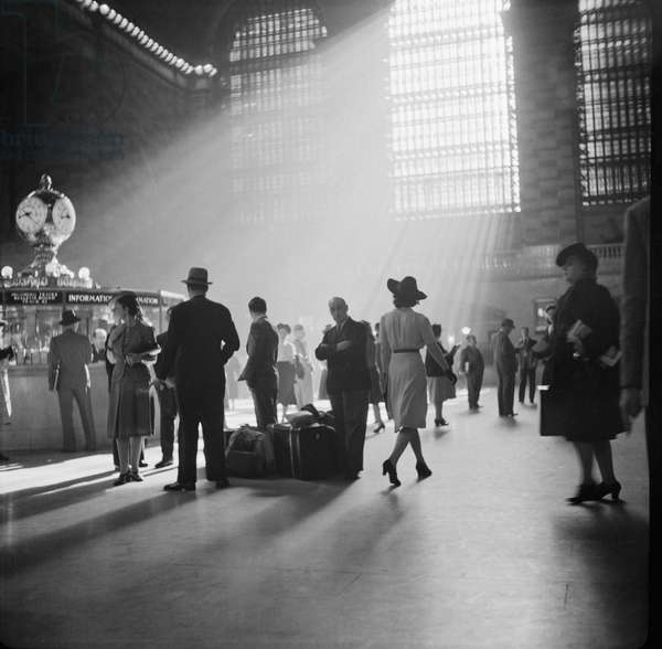 Grand Central Terminal, New York City, New York, USA, John Collier for Office of War Information, October 1941