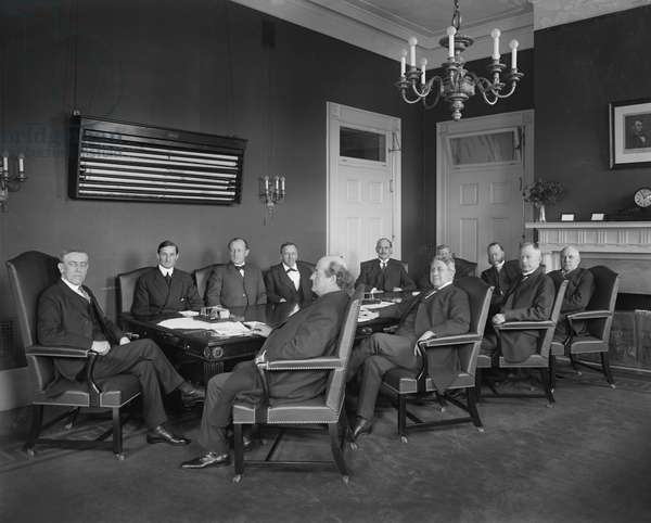 U.S. President Woodrow Wilson and his Cabinet, Portrait, Washington DC, USA, 1913 (b/w photo)