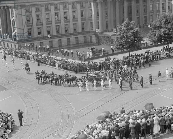 U.S. President Warren G. Harding Funeral, Washington DC, USA, 1923 (b/w photo)