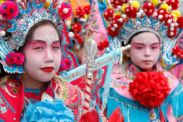 France, Ile-de-France, Paris : Chinese New Year, People wearing traditional costumes