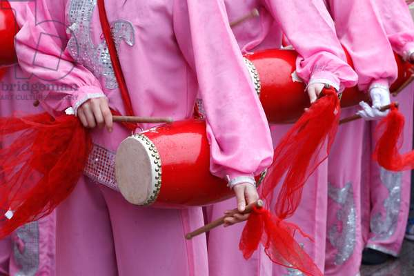 France, Ile-de-France, Paris : Chinese New Year, Music, Instrument
