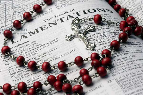 20160121 Holy Bible and rosary The book of Lamentations