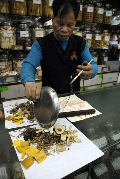 Chinese drugstore, MACAO, CHINE