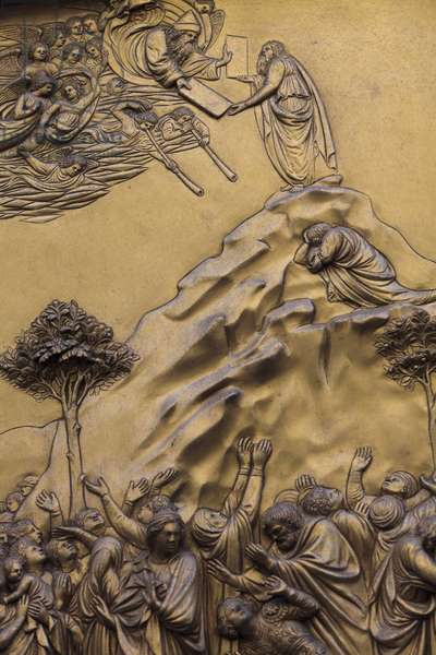 Moses receiving the Ten commandementsEastern gate of the baptistery at Firenze, also called Gates of heaven by Michelangelo15th century bronze sculpture by Lorenzo Ghiberti (1425-1452), Florence, Italy