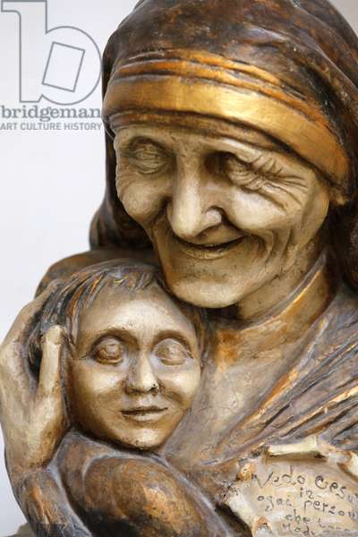 Mother Teresa sculpture in Saint Matthew's church, Lecce, Italie
