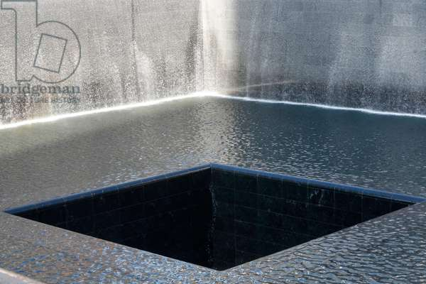 Ground zero - The National 9/11 Memorial at the site of the World Trade Center in Lower Manhattan - New York, United States