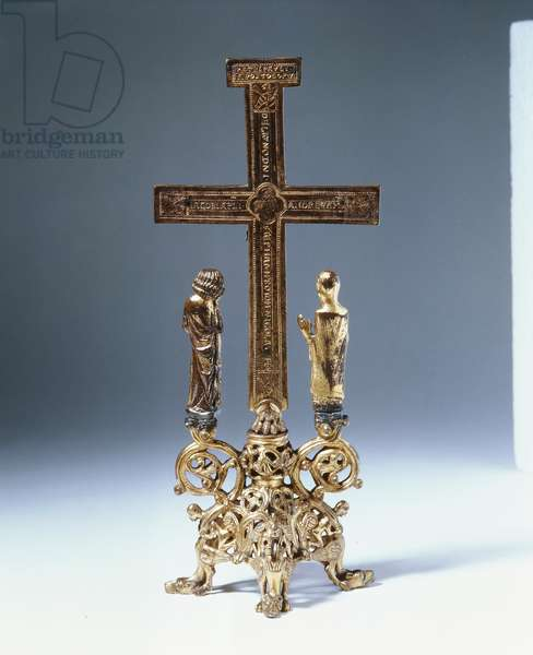 Rear view of an altar cross with the figures of John and Christ (bronze & gilt)