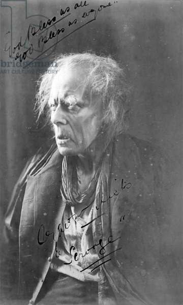 Seymour Hicks as Scrooge in Charles Dickens' 'A Christmas Carol'
