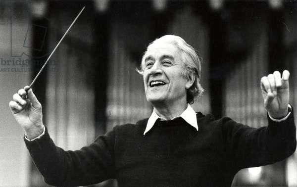 Sergiu Celibidache conducting in