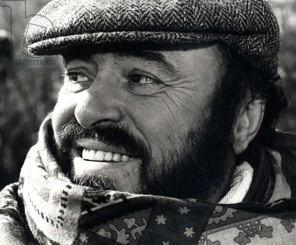 Luciano Pavarotti photographed in