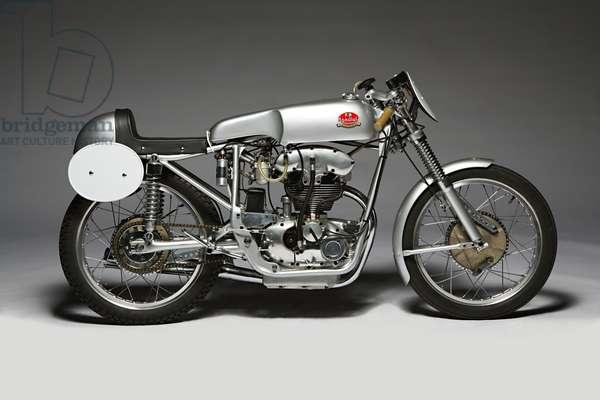 Classic Motorbike Mondial 175  (photo)