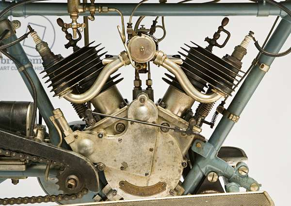 Classic Motorbike Clement, deux cylindres 3 Hp, Engine (photo)