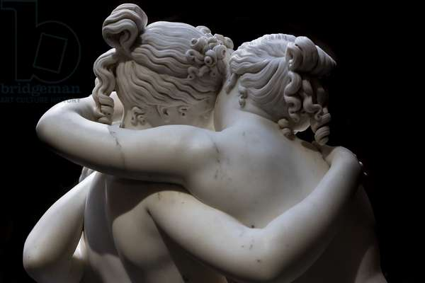 The three Graces, detail of the embrace, 1812-17 (marble)