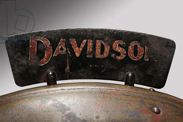 Classic Motorbike Harley-Davidson T - Side, Trademark (photo)