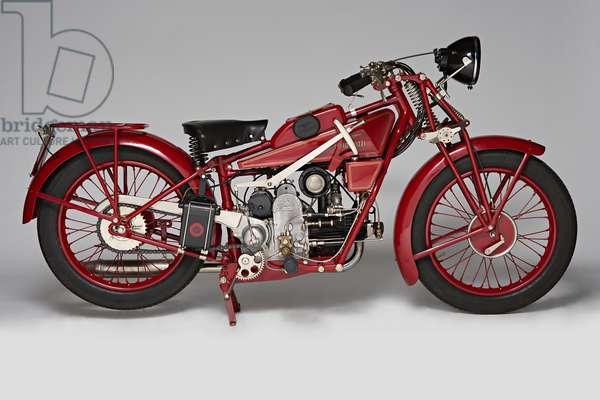 Classic Motorbike Guzzi Sport 14 (photo)