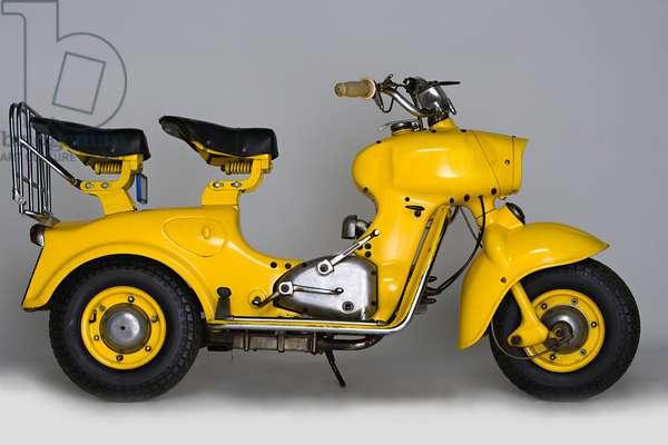 Classic Motorbike Rumi Formichino, Scooter (photo)