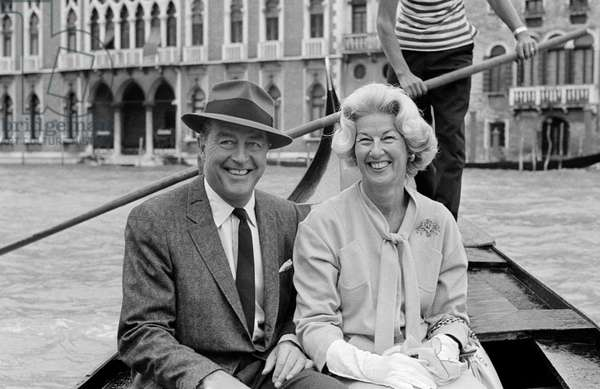 THE ACTOR RAY MILLAND WITH HIS WIFE IN GONDOLA - VENICE - 197?