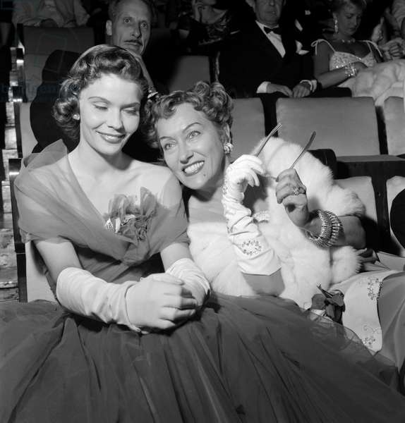 THE ACTRESS GLORIA SWANSON WITH HER DAUGHTER MICHELE AMON AT XV INTERNATIONAL FILM FESTIVAL OF VENICE - 1954