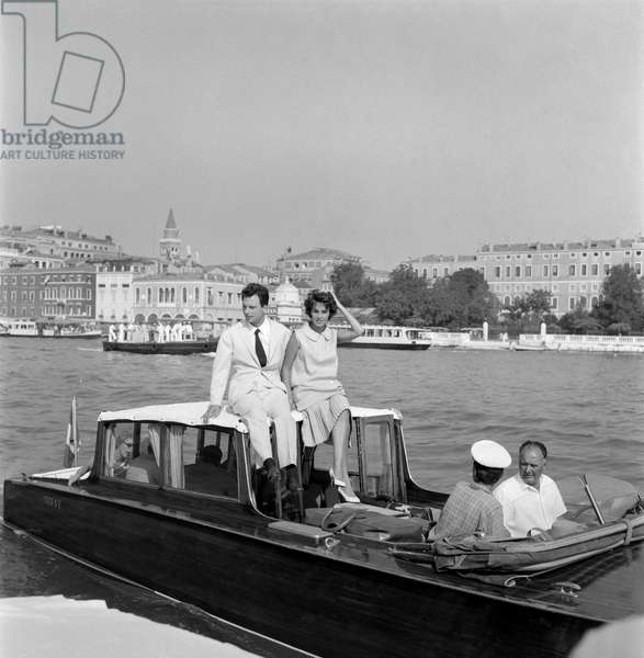 THE ACTRESS ANTONELLA LUALDI AT XIX INTERNATIONAL FILM FESTIVAL OF VENICE WITH THE ACTOR FRANCO INTERLENGHI - 1958