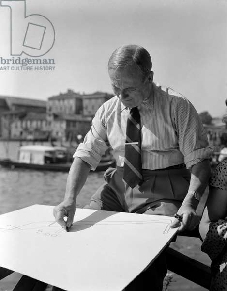 THE PAINTER AND SCULPTOR JOAN MIRO - VENICE - 1952