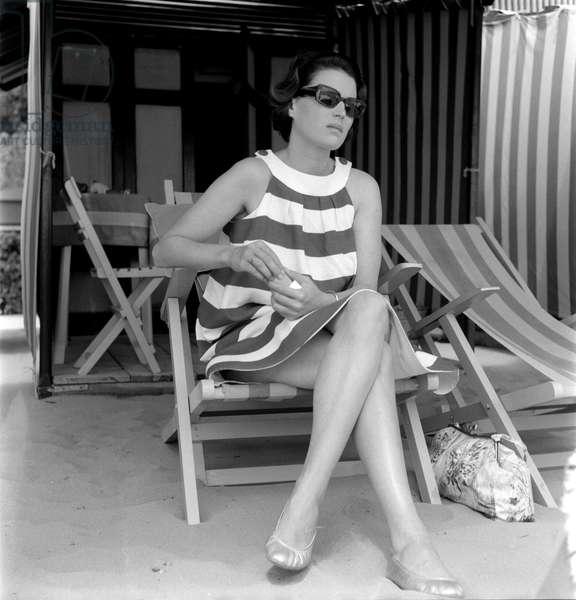THE ACTRESS SILVANA MANGANO AT VENICE LIDO BEACH - 1953