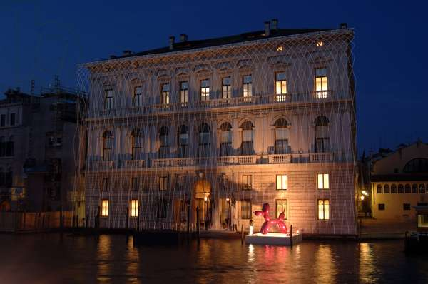 """VENICE 22/04/2006 MOSTRA A PALAZZO GRASSI """""""" WHERE ARE WE GOING? """""""" - INSTALLATION BY OLAFUR ELIASSON ON THE FRONT OF PALAZZO GRASSI"""