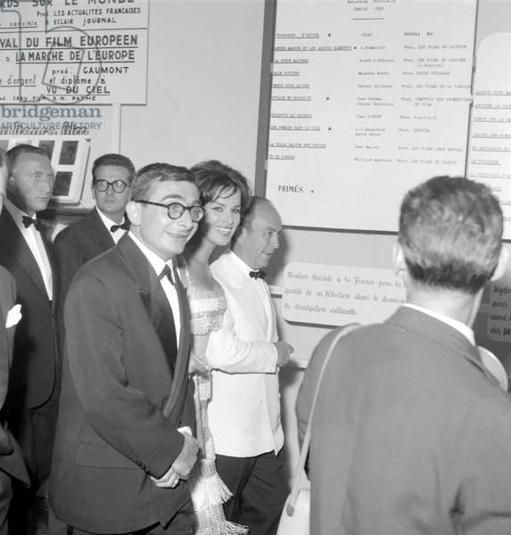 THE ACTRESS ANTONELLA LUALDI AT XX INTERNATIONAL FILM FESTIVAL OF VENICE WITH THE DIRECTOR CLAUDE CHABROL - 1959