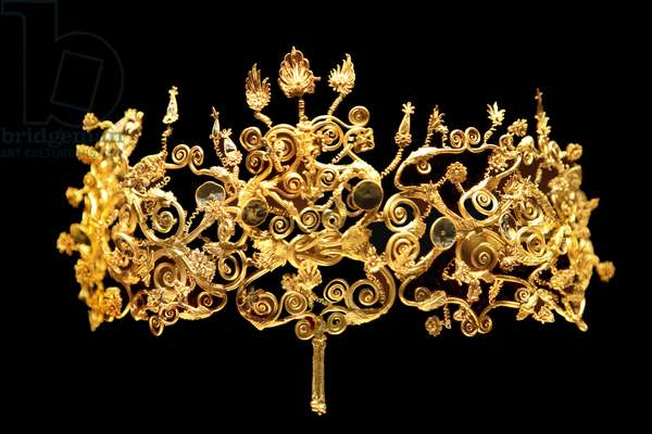 Greece - Macedoine: Museum of the archeological site of Vergina: Golden crown from the tomb of Philip II