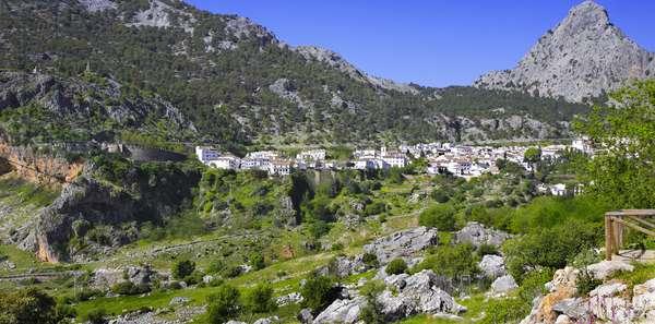 Spain - Andalusia - Grazalema, white village, general view - sierra de Ronda