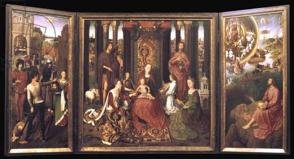 """Belgium N* 034: Bruges - Musee Memling: Tryptic """""""" La Pieta"""