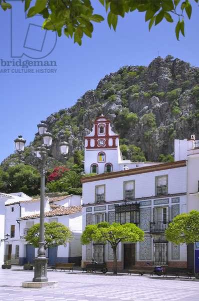 Spain - Andalusia - Ubrick - white village - plaza del Ayuntamiento - church of Nuestra Senora de la O