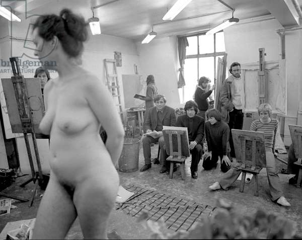 St Martins School of Art, rehearsals for 'Life Class' with David Storey, 1975 (b/w photo)
