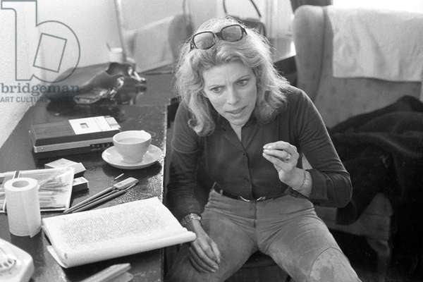 Billie Whitelaw rehearsing 'Not I' 1973