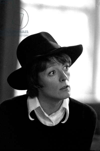 Maggie Smith, 1974 (b/w photo)
