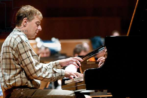 Jean-Ives Thibaudet playing piano