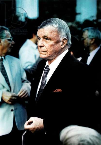 Elderly Frank Sinatra in
