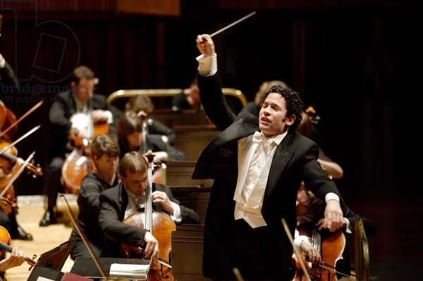 Gustavo Dudamel conducting the