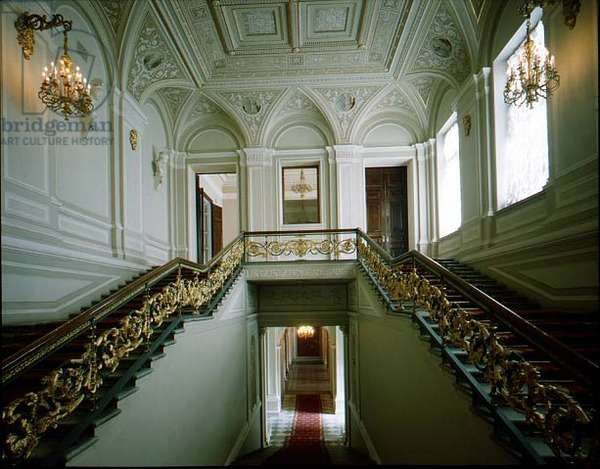 The Grand Staircase, view from the half landing, designed by Andrei Stakenschneider (1802-65) (photo)