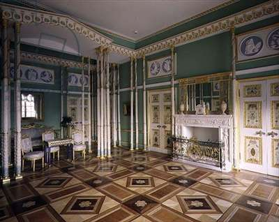The Bedchamber of Maria Feodorovna in the First Apartment of the Catherine Palace, designed by Charles Cameron (c.1740-1812) (photo)
