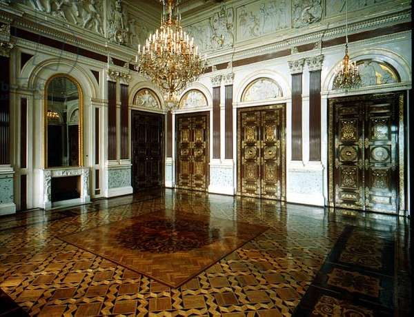 The Gala Reception Room designed by Andrei Stakenschneider (1802-65) (photo)