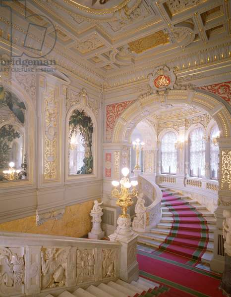 The Main Staircase designed in the elaborate French Renaissance style by Alexander Rezanov (1817-87) (photo)