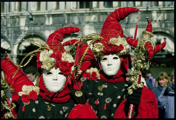 Jester Couple in Red, Venice Carnival masks, 1994 (photo)