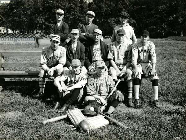 Westinghouse Service Team at a company picnic, 1919 (b/w photo)
