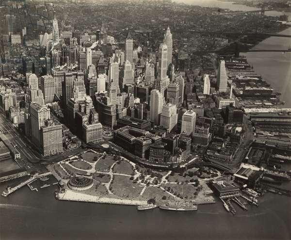 Battery area, New York City, 7th September 1932 (b/w photo)