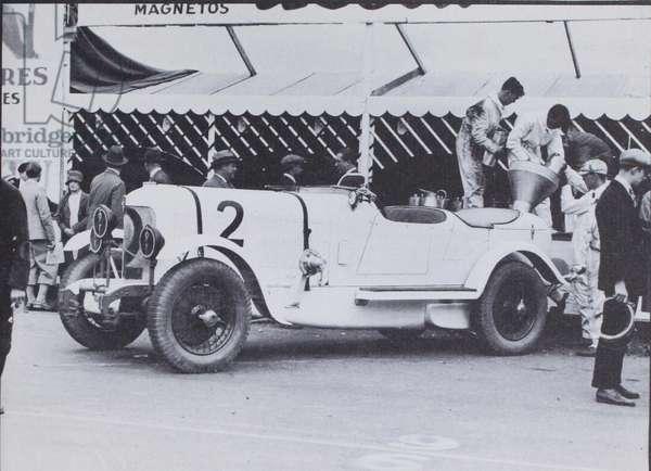 DuPont Motor Cars, 1921 (b/w photo)