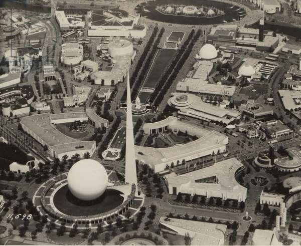 New York World's Fair, 3rd July 1939 (b/w photo)