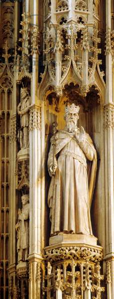 St Edward the Confessor, medieval altar screen (photo)