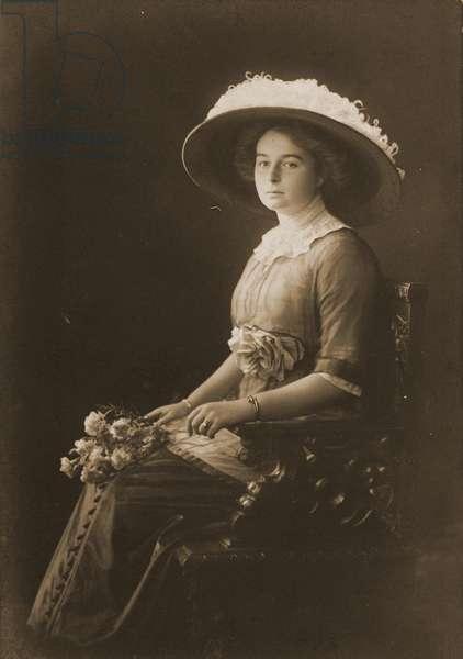 Victoria Margaret of Prussia, c.1910 (b/w photo)